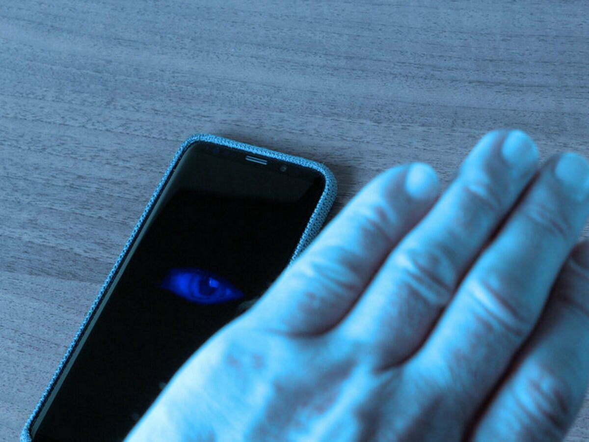 Top 10 phần mềm theo dõi điện thoại Android 1